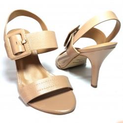 Zapato femenino de tacón en...