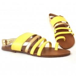 Sandalias piel en tiras...